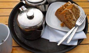 Boat cafe cake